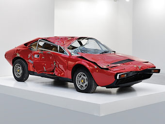 Разбитый спорткар Ferrari оценили в шесть раз дороже целого