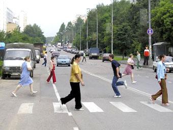 Эксперты назвали самые опасные для пешеходов дороги России