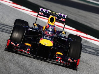 Марк Уэббер занял поул-позицию на Гран-при Абу-Даби