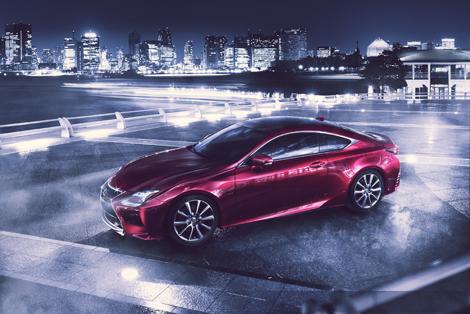 Купе Lexus RC получило гибридную версию и модификацию с мотором V6. Фото 1