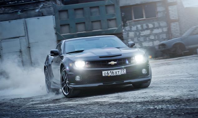 Чем могут зацепить мощные американские купе  Cadillac CTS-V и Chevrolet Camaro SS. Фото 4