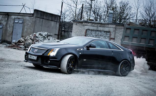 Чем могут зацепить мощные американские купе  Cadillac CTS-V и Chevrolet Camaro SS. Фото 6