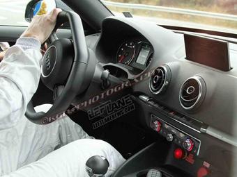 Фотошпионы рассекретили интерьер Audi TT нового поколения