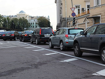 Информацию о московских автомобилях выложат на портал госуслуг