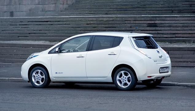 Можно ли в Москве пользоваться электромобилем Nissan Leaf. Фото 5