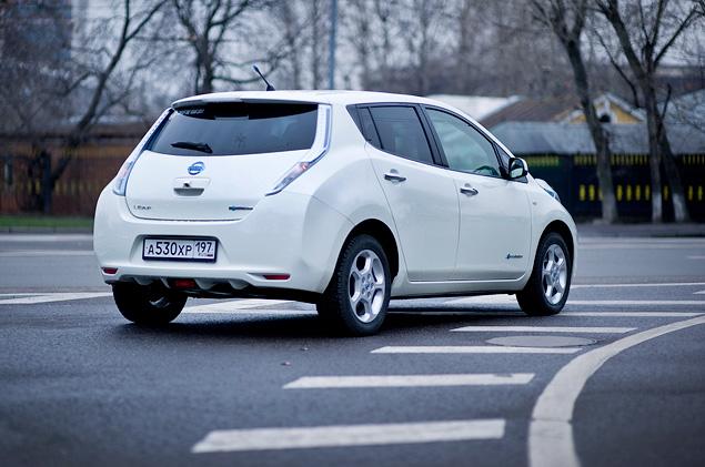 Можно ли в Москве пользоваться электромобилем Nissan Leaf. Фото 25