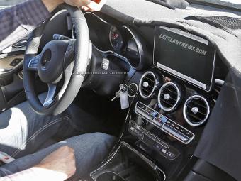 Шпионы сфотографировали интерьер нового Mercedes-Benz GLK