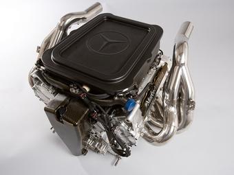 """Компоненты """"формульных"""" моторов Mercedes-Benz будут собирать в Китае"""