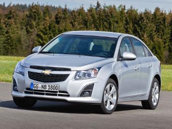 Названа рублевая стоимость Chevrolet Cruze с турбомотором