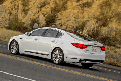 Корейцы представили версию седана Quoris для американского рынка. Фото 2