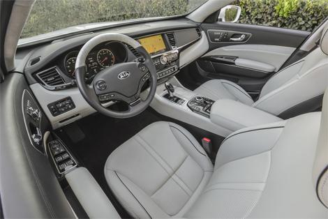 Корейцы представили версию седана Quoris для американского рынка. Фото 3