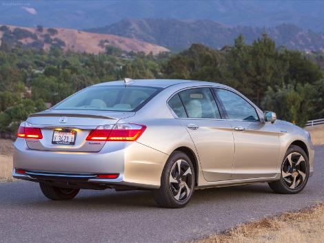 В Лос-Анджелесе выбрали лучший экологически чистый автомобиль. Фото 1
