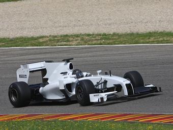 Pirelli пригрозила командам покупкой болида Формулы-1
