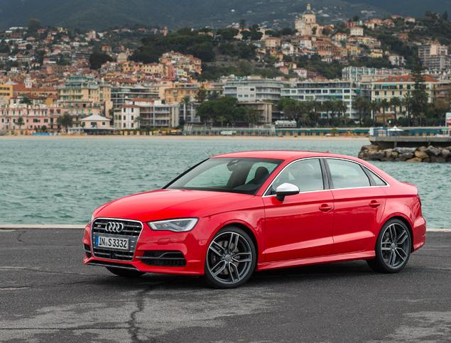 Два способа пустить пыль в глаза за рулем Audi A3. Фото 8