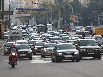 Информацию обо всех российских автомобилях рассекретят в 2014 году