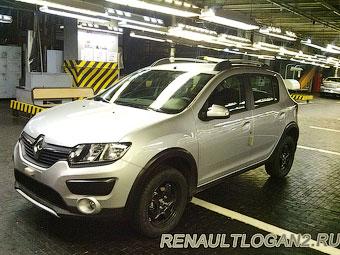 """На """"АвтоВАЗе"""" сфотографировали новый Renault Sandero Stepway"""