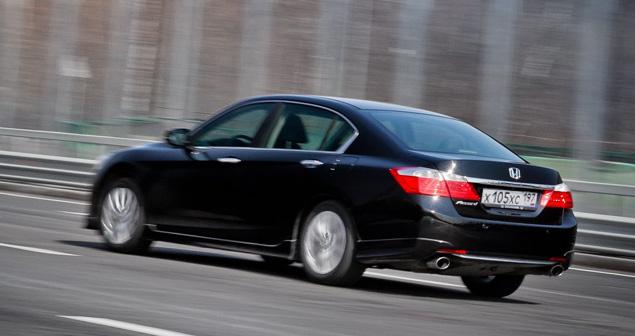 Длительный тест Honda Accord: стоимость владения и версия 3.5. Фото 1