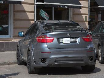 Госдуме предложат арестовывать автомобили с закрытыми номерами