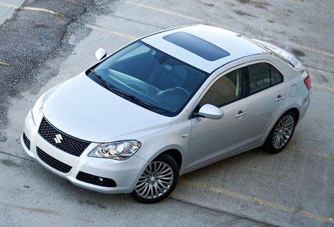 """В Suzuki назвали седан Kizashi """"очень неудачным автомобилем"""". Фото 1"""
