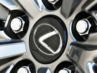 В Lexus отвергли возможность создания доступных моделей