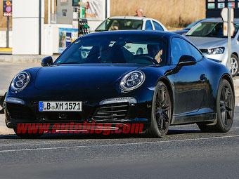 Компания Porsche начала тесты новой версии 911-го