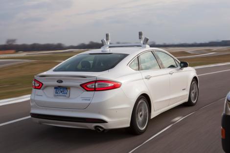 """В """"Форде"""" запустят в серию автомобили с автопилотом к 2025 году"""