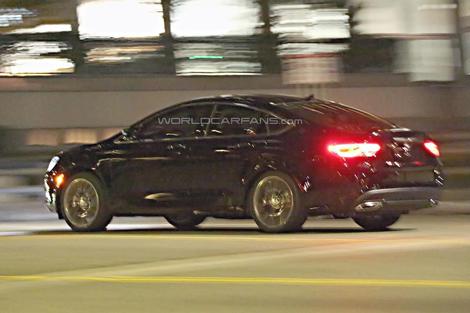Дебют седана Chrysler 200 следующего поколения состоится в январе. Фото 1