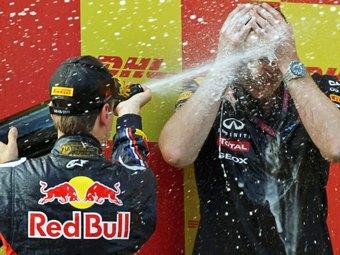Команда Формулы-1 Mercedes AMG переманила двух инженеров Red Bull