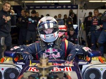 Для выступлений в Формуле-1 Даниил Квят выбрал номер 26