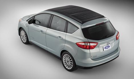 В Ford подготовили концептуальную версию бензо-электрического компактвэна. Фото 1