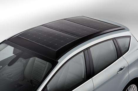 В Ford подготовили концептуальную версию бензо-электрического компактвэна. Фото 2