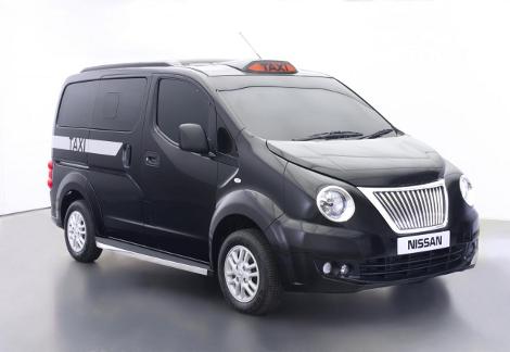 """Компактвэн NV200 London Taxi получил 1,6-литровый мотор и """"автомат"""""""