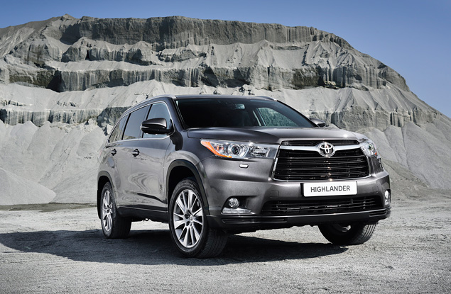 Какое место в модельном ряду Toyota займет Highlander нового поколения. Фото 2
