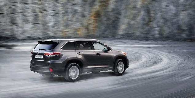 Какое место в модельном ряду Toyota займет Highlander нового поколения. Фото 8