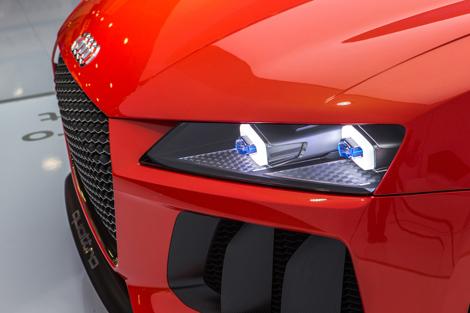 Компания Audi показала прототип лазерной светотехники на спорткупе. Фото 1