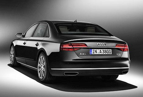 Компания Audi представила бронированный вариант флагманского седана