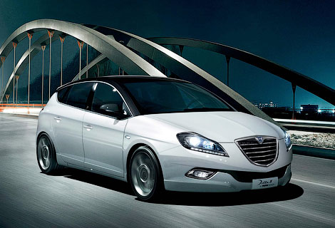 Автомобили Lancia будут продаваться только в Италии. Фото 1