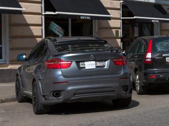 Штрафы за парковку без номеров в Москве отменят в январе