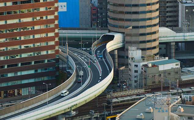 Пять самых необычных автомобильных тоннелей на свете. Фото 15