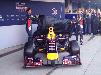 Чемпионская команда Формулы-1 продемонстрировала новый болид