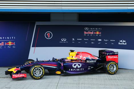 Гоночный автомобиль Red Bull RB10 дебютировал на тестах в Испании. Фото 1