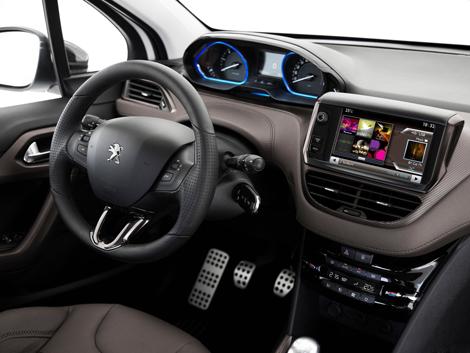 Компактный кроссовер Peugeot будут продавать в России с двумя моторами. Фото 1