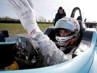 Протеже казахстанских спонсоров примет участие в тестах Формулы-1