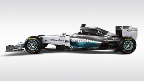 Льюис Хэмилтон и Нико Росберг показали болид F1 W05 для сезона-2014. Фото 1
