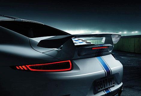 Спорткар Porsche получил новый обвес кузова и доработанный мотор. Фото 4