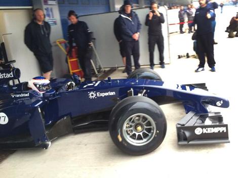 Вальттери Боттас опробовал автомобиль FW36 на трассе в Хересе