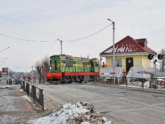 Штраф за выезд на железнодорожный переезд предложили поднять в 5 раз