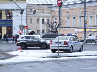 Десять тысяч московских водителей нарушили ПДД по сто раз