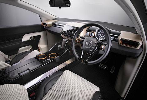 В Индии дебютировал концепт-кар Honda с тремя рядами кресел. Фото 2