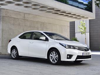 Toyota отзовет в России пять тысяч машин